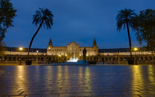 Plaza de Espana at night / Seville, Spain