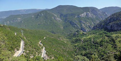 Valle de Lavansa subiendo al Coll d´Arnat.