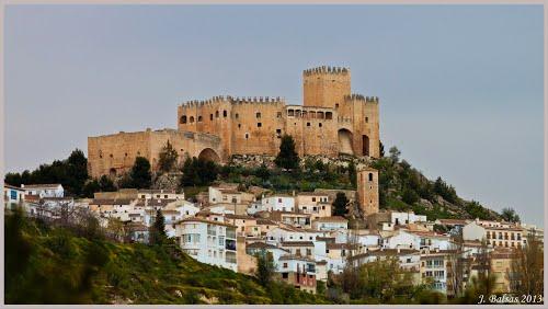 Vélez Blanco y castillo del Marqués de los Vélez. [Siglo XVI]