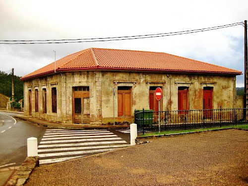 Casa na rúa do Progreso - (Zas)