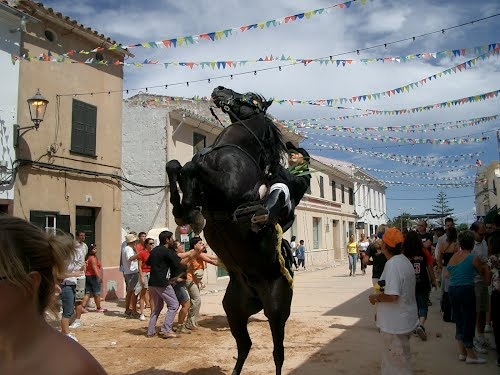 Festa Major, als carrers de Sant Climent, Menorca.