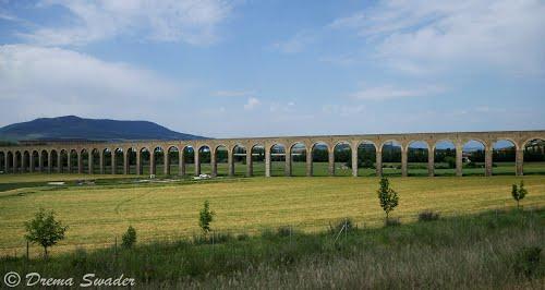 Acueducto de Noáin