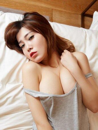 连体装美女沐子熙V极致诱惑爆乳写真