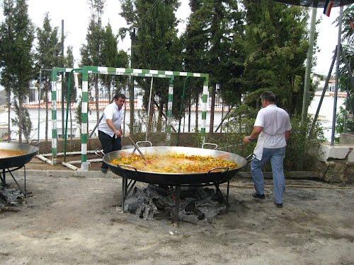 Enorme paella en Jorairátar. Agosto de 2012