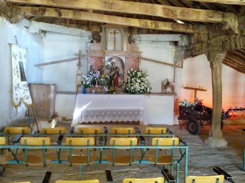 Interior ermita Santa Marta 1