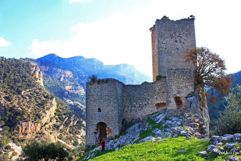 Castillo de Otíñar. Jaén.
