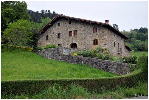 Caserio Gellaogarai. Gellao. Eskoriatza (Guipuzcoa)
