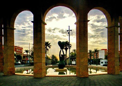Vicar de Almeria, alba sulla rotonda