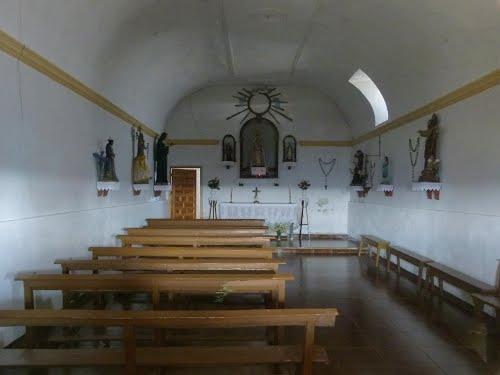 TORREBELEÑA (Cogolludo-Guadalajara). 2014. 126. Ermita de Nuestra Señora del Cerro. Interior.
