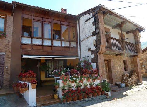 Calle en Celis - Cantabria