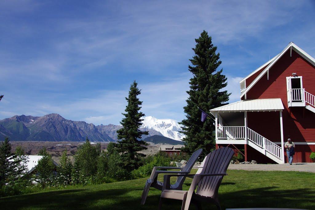 Kennicott Lodge