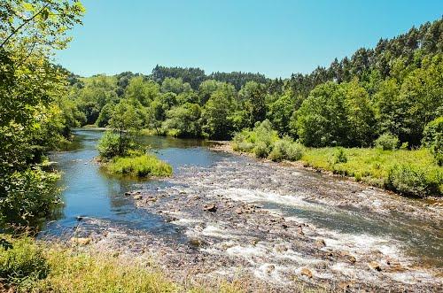 Río salmonero Nansa