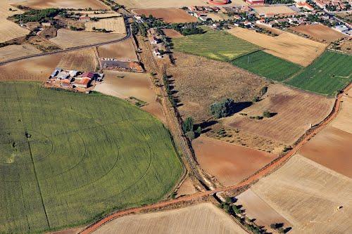 Vista aérea de la antigua estación de ffcc de Corrales del Vino