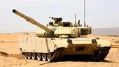 装甲日中国VT4坦克狂飙上阵