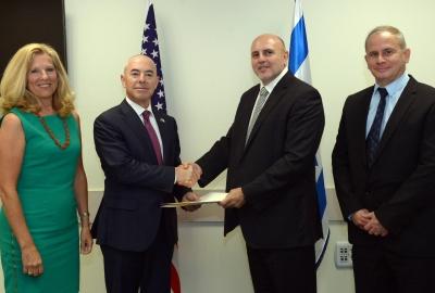Deputy Secretary Mayorkas and Dr. Matania shake hands