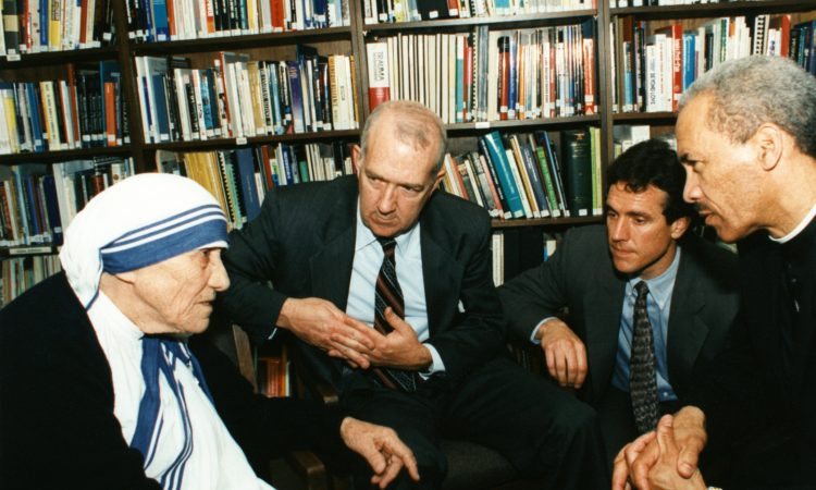 An online tribute to Mother Teresa in the USA
