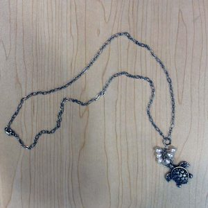 pam_gallagher_sea_turtle_necklace_25%22