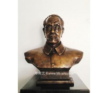 深圳横岗铜雕厂加工铸铜人物雕塑铸铜艺术品