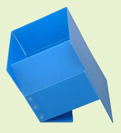 纸箱状中空板箱