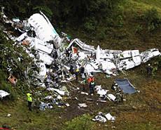 巴西球队包机坠毁 75人遇难