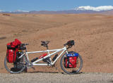 028  Gerben & Alpona - Touring Morocco - Cannondale RT1000 touring bike