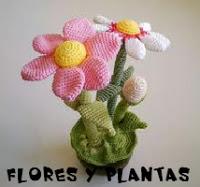 http://web.archive.org/web/20160113140142/http://patronesamigurumis.blogspot.com.es/2013/03/patrones-flores-y-plantas-amigurumis.html