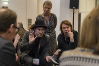 discussion_at_conference_by_eric_van_nieuwland_112847_200