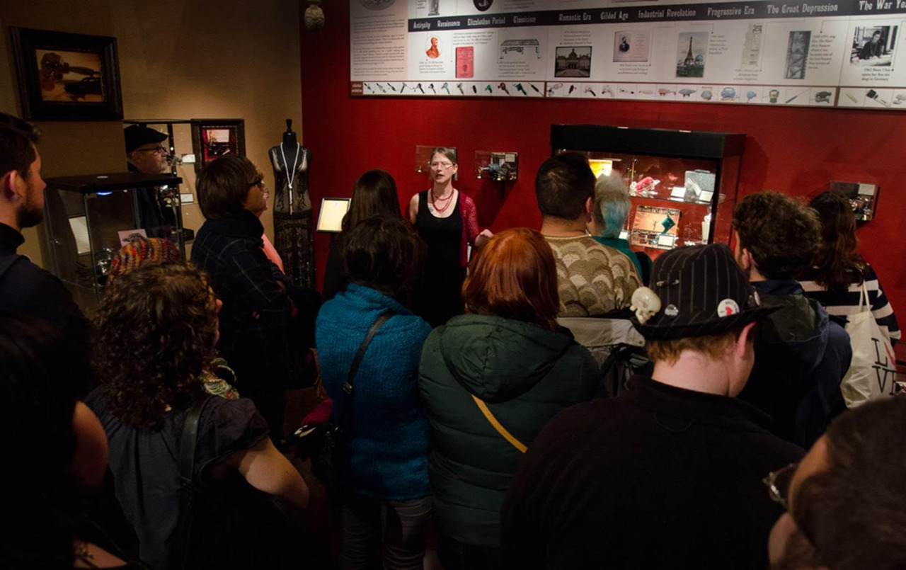 Antique Vibrator Museum Docent Tour Sunday, October 16, 3-4pm Good Vibrations 1620 Polk Street, San Francisco FREE! Limit 20 per tour!  Sign up: http://www.brownpapertickets.com/event/2596451 A monthly FREE tour of San Francisco's most unique museum!...