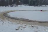 Cerchio misterioso si muove nel ghiaccio: sembra opera degli extraterrestri ma...