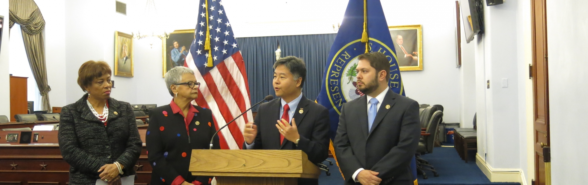 "Congressman Lieu Introduces the ""No Money Bail Act of 2016"""