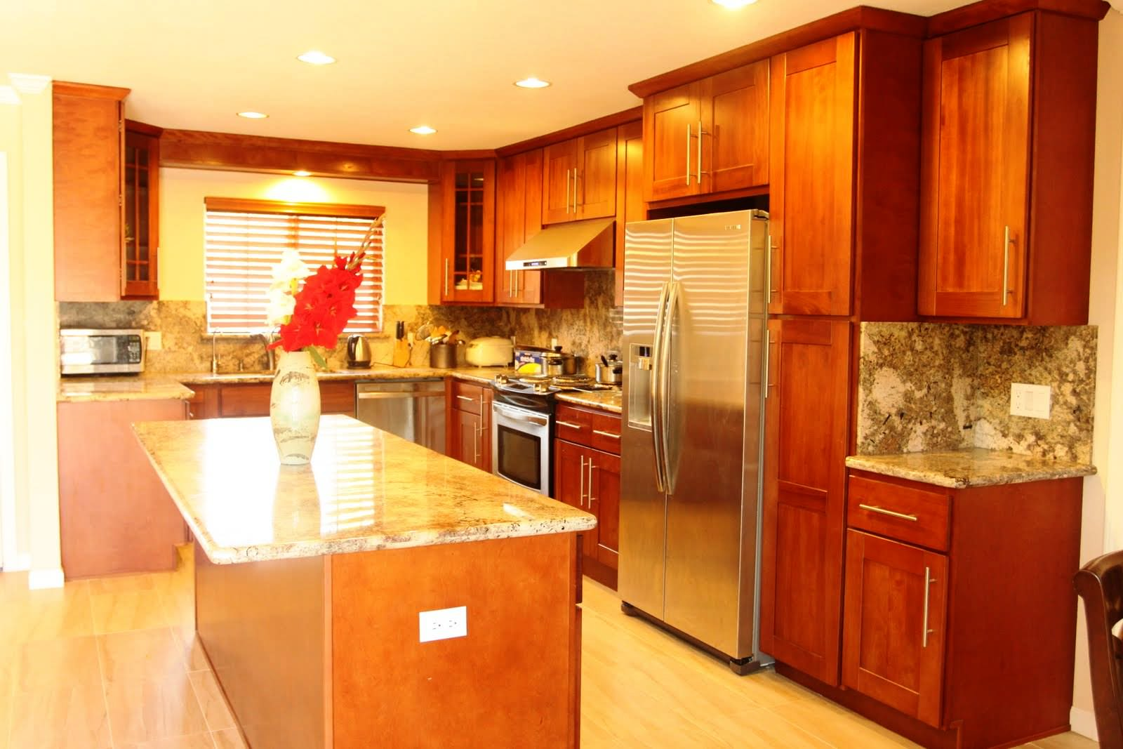 Image of: Ideas to Refinish Kitchen Cabinets