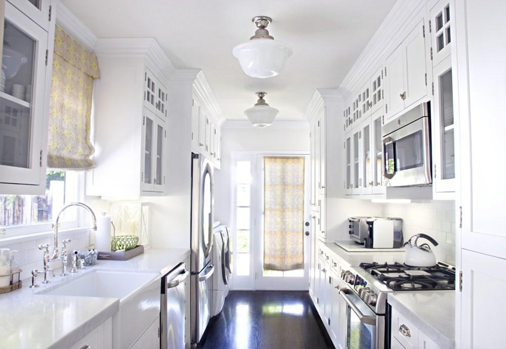 Image of: Best Galley Kitchen Design