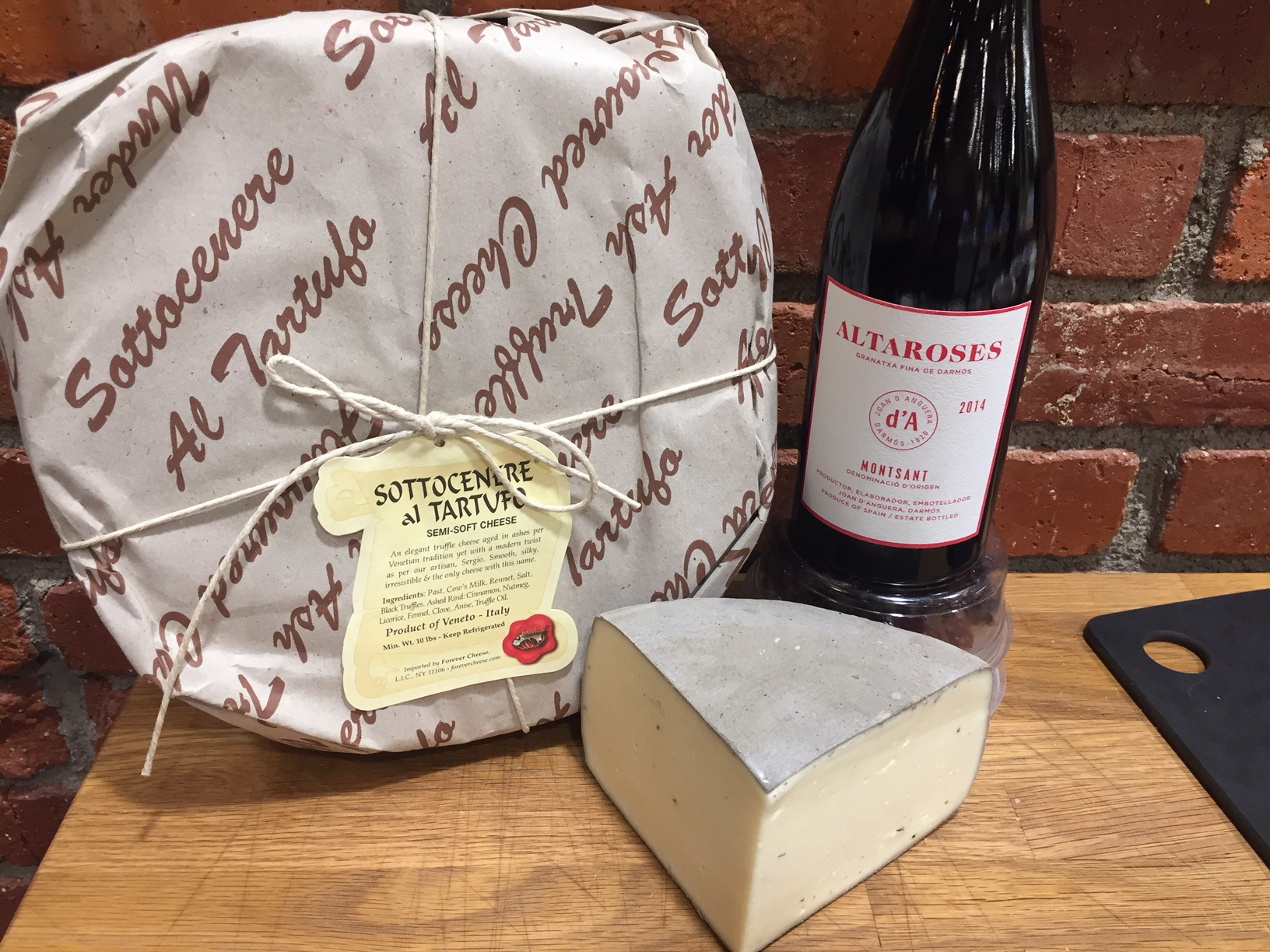 Seven Holiday Wine + Cheese Pairings