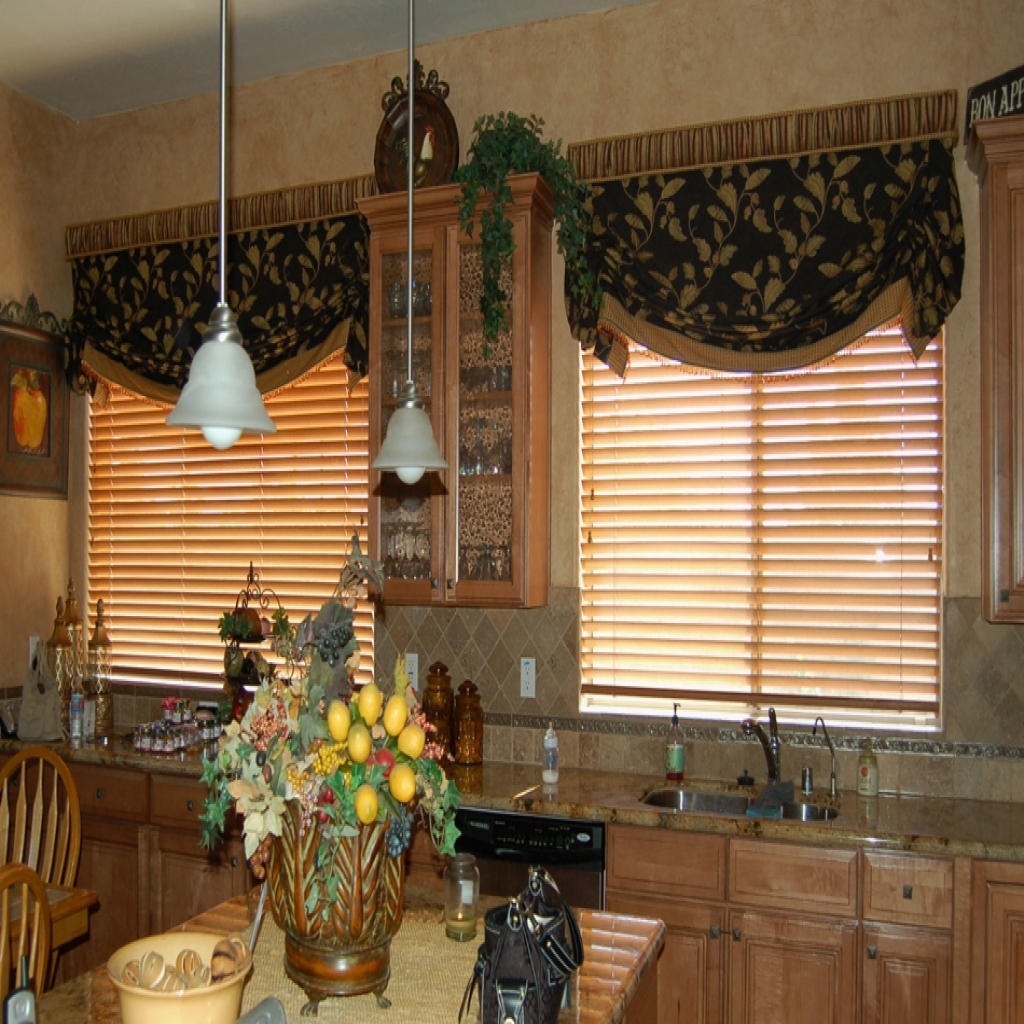 Image of: kitchens  intended for Valances for Kitchens Suitable Kitchen Valances for Best Kitchen Decor