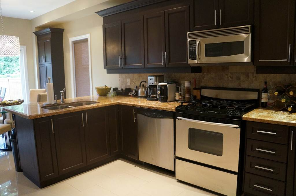 Image of: Espresso Colored Kitchen Cabinets