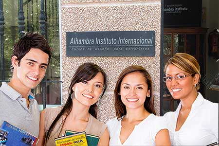Intensive Spanish Course 25 lessons in Málaga, Spanish for young adults in malaga, learning solutions for spanish language acquisition
