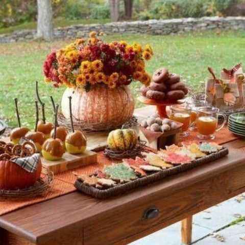 52 Cool Fall Party Dcor Ideas - DigsDigs