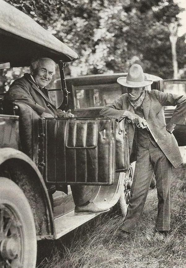Henry Ford dressed as a cowboy with Thomas Edison, 1923