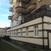 Gdynia, 3 maja, śródmiescie, remont elewacji i klatki schodowej