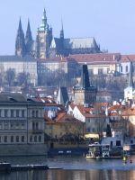 Вид через Влтаву на Пражский Град