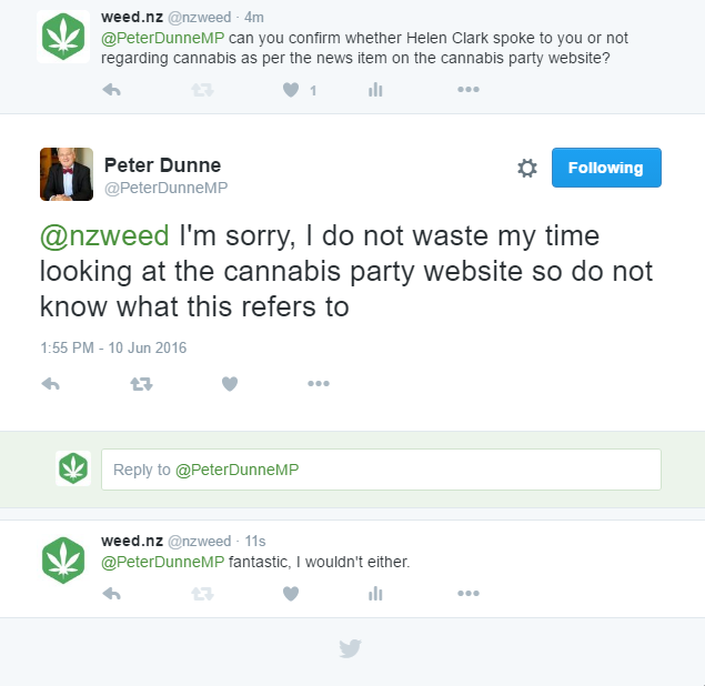 Peter Dunne exchanges conversation with weed.nz twitter