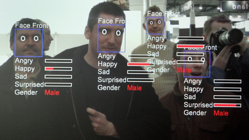 Die Software Real Time Face Detector weist Gesichtern Emotionen zu.