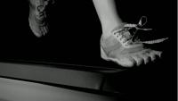 靴ヒモ…なぜほどける?大学の研究者がマジメに取り組んだ!