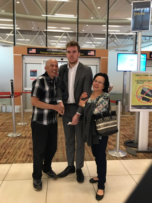 McDavid awkward photo