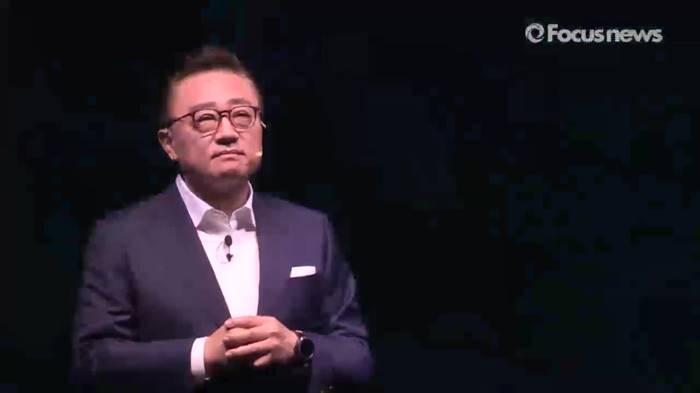 """고동진 삼성전자 사장 """"갤럭시S8, 역대 최고의 안전성·품질"""""""
