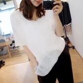 T恤衫 白色短袖 宽松个性 胖mm夏季韩版 V领打底衫 女装 小衫 半袖 大码