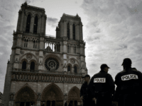 'This is for Syria!': Police Shoot Algerian Hammer Attacker at Notre-Dame, Paris