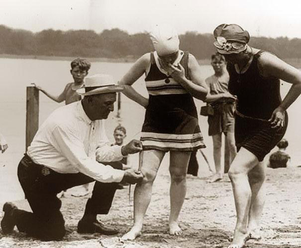 Measuring-bathing-suits-if-they-were-too-short-women-would-be-fined-1920s