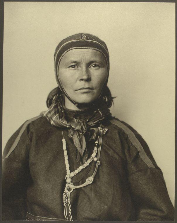 NYPL -- Augustus F. Sherman: Ellis Island Portraits 1905