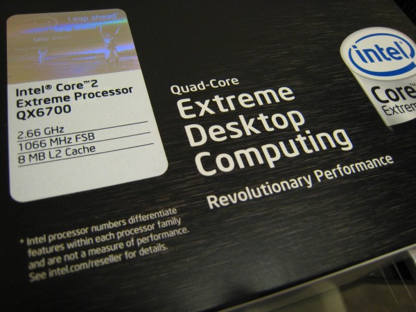 Electronics Gift Guide to Buying a New Computer (Even if it's For Yourself)
